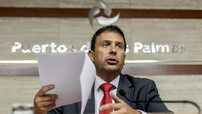 Luis Ibarra se vende para seguir en la Autoridad Portuaria de  Las Palmas de Gran Canaria